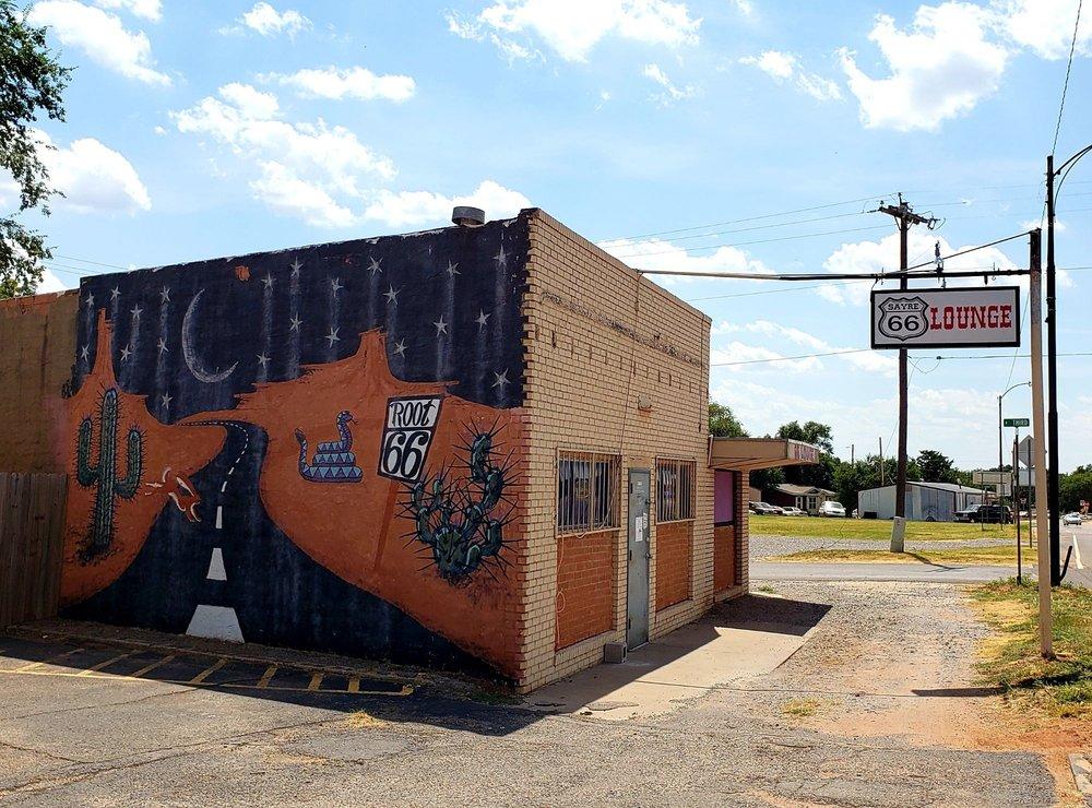 Sayre 66 Lounge: 1601 N 3rd St, Sayre, OK