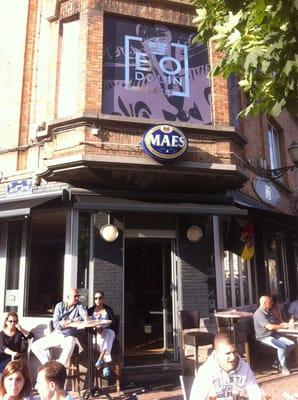 Cafe le baudouin bistrot place reine astrid 25 miroir for Le miroir jette