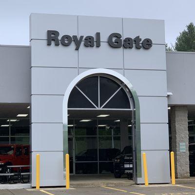 Royal Gate Dodge >> Royal Gate Dodge Chrysler Jeep Ram Of Ellisville 15502 Manchester Rd