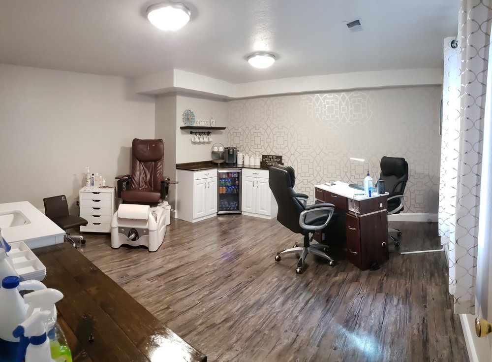 Polished by Coley: 2905 Anchor Dr, Evans, CO
