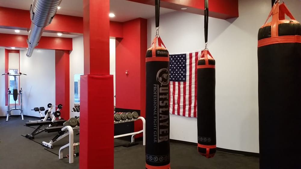 PowerHouse Kickboxing and Fitness: 36 Spinelli Pl, Cambridge, MA