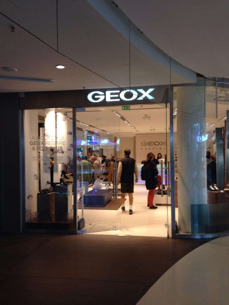 Geox leather goods 12 rue linois auteuil paris france yelp - Rue linois 75015 paris ...