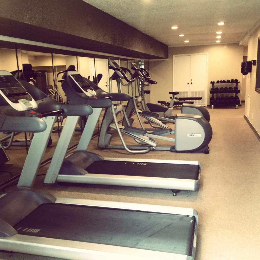 Fitness Equipment Nashville: Modern Fitness Equipment With Freeweights