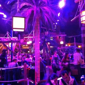 Pirates paradise 22 photos 85 avis restaurants for O miroir magique montpellier
