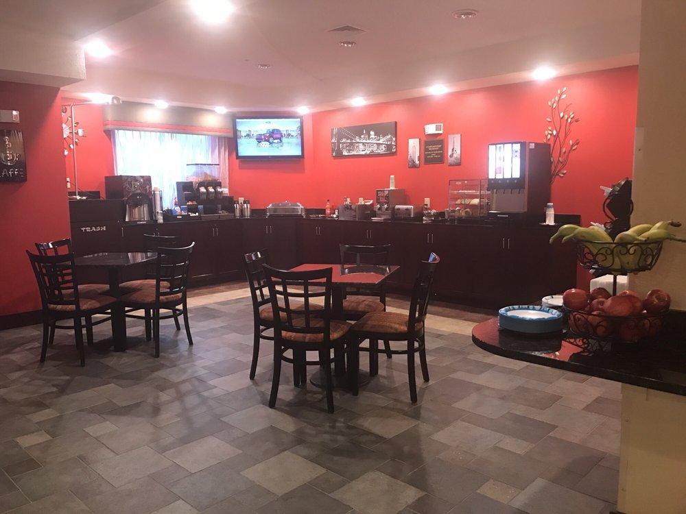 Paradise Inn & Suites: 44 Peace Ln, Towanda, PA