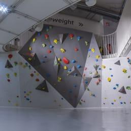 Fitness First - Black Label Club - 14 Photos - Gyms - Hochstr. 44 ...