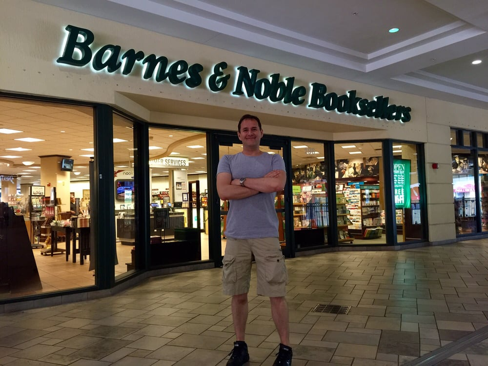 Barnes and Noble Booksellers: 5701 Sunset Dr, South Miami, FL