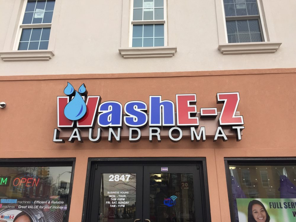 Wash E-Z Laundromat: 2847 Huntingdon Ave, Baltimore, MD
