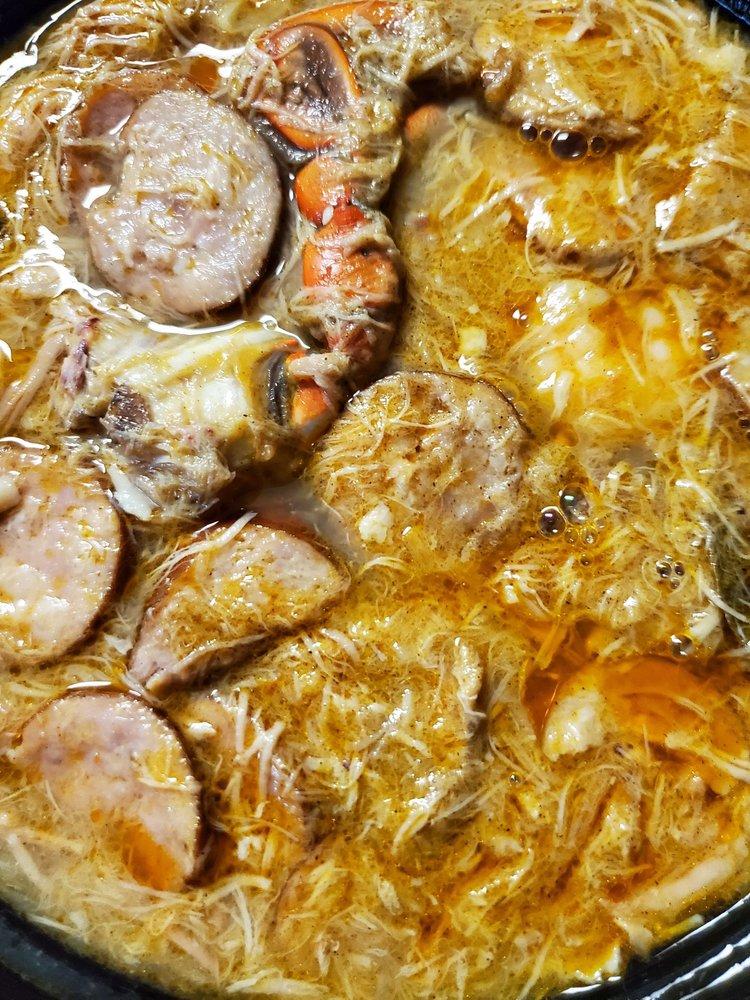Taste Of New Orleanz: 809 S Broad St, Brooksville, FL
