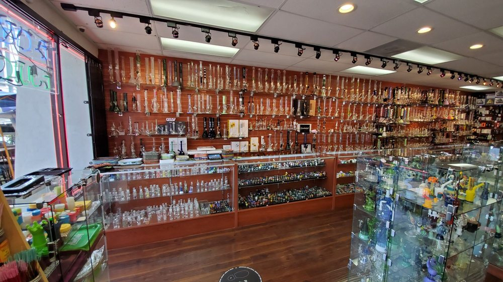 Manhattan Beach Smoke Shop: 1005 N Aviation Blvd, Manhattan Beach, CA