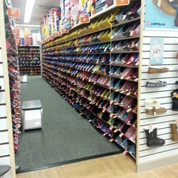 Photo Of Payless Shoesource Hanover Md United States Nite The Pic