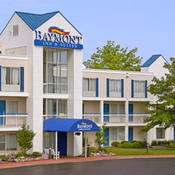 Photo Of Baymont By Wyndham Peoria Il United States Inn