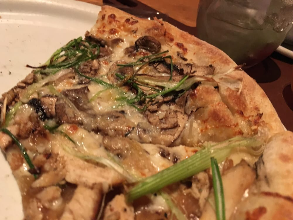 California Pizza Kitchen Roasted Garlic Chicken Pizza
