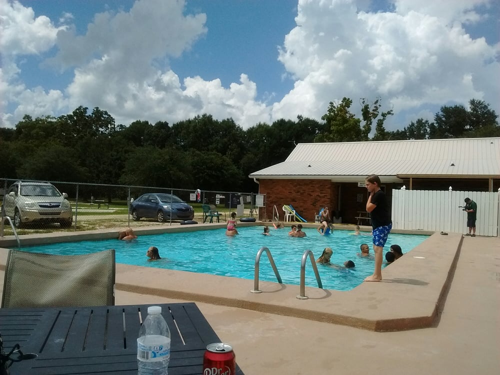 Punkin Park Campground: 43037 N Billville Rd, Albany, LA