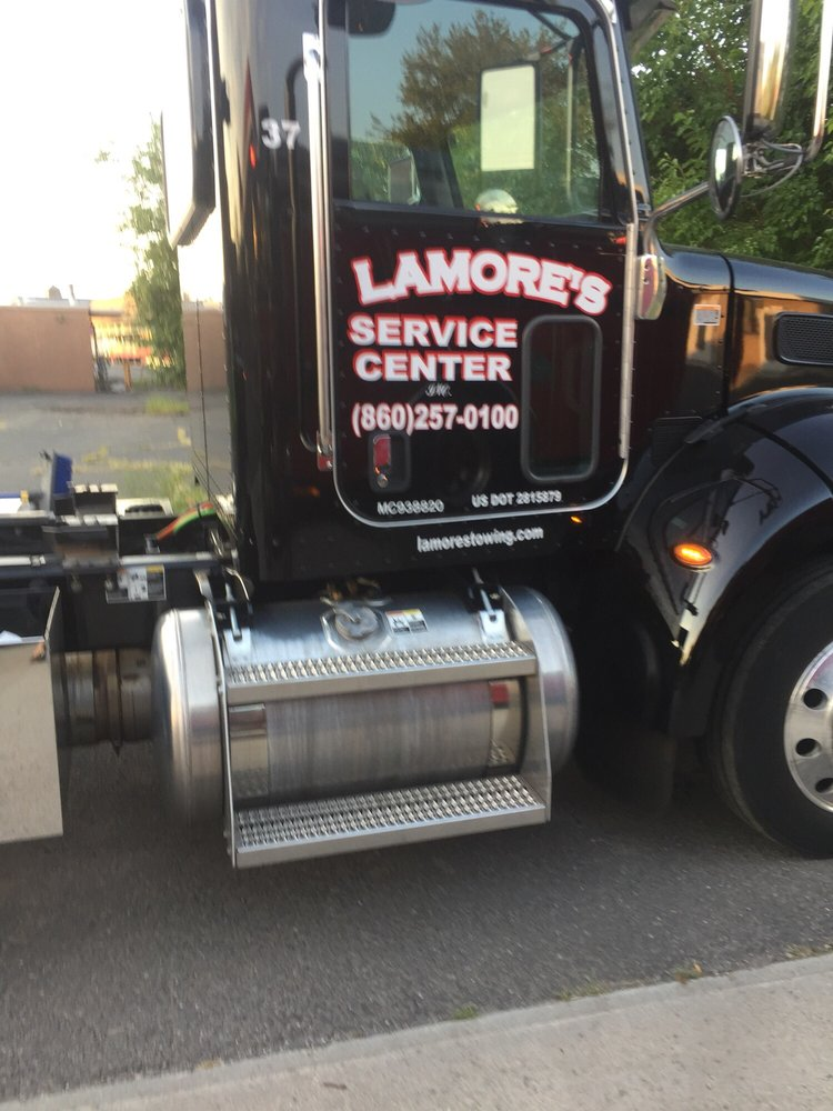 Towing business in Wethersfield, CT