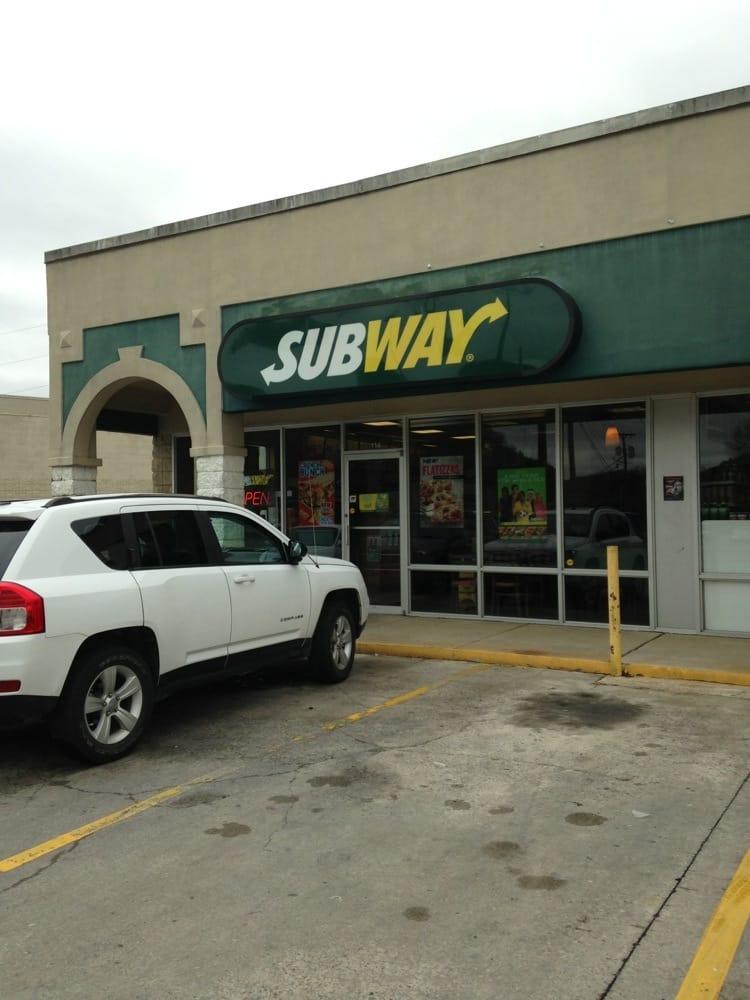 Subway: 9413 Apison Pike, Ooltewah, TN