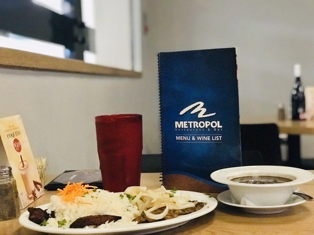 Metropol: Av. Isla Verde 6600, Carolina, PR
