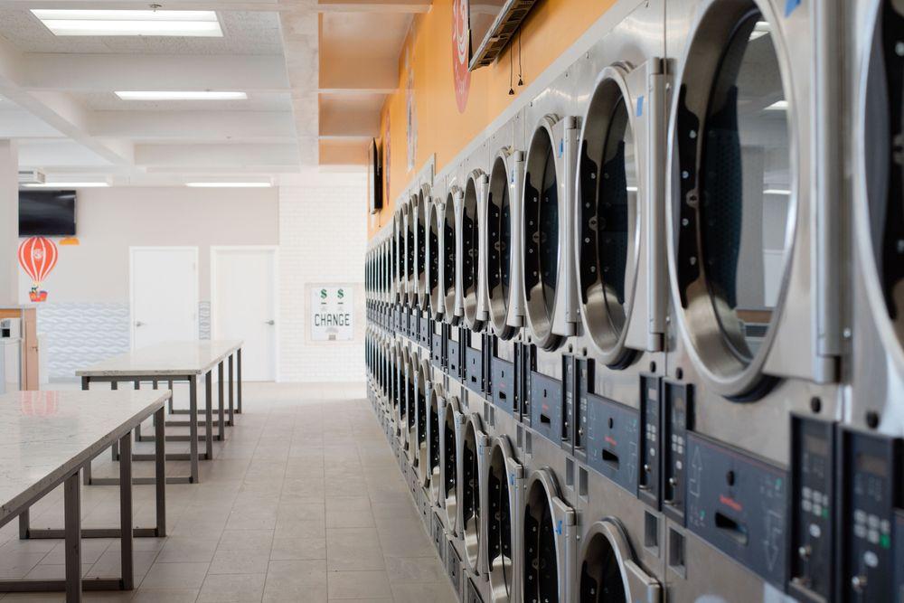 Laundry Day Watsonville: 35 E. Lake Ave, Watsonville, CA