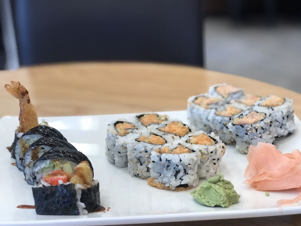 Asian Bistro Sushi & Grill: 725 Main St, Snowflake, AZ