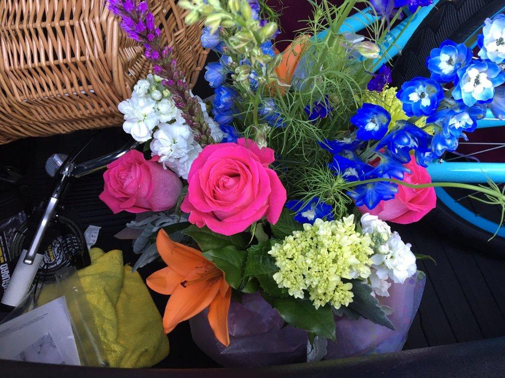 Grande Flowers