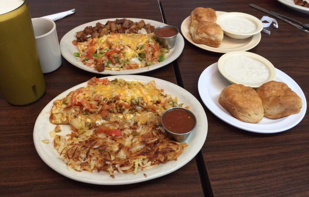 Aledo Diner: 213 N Front St, Aledo, TX
