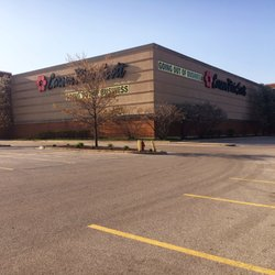 Carson's - CLOSED - 29 Photos & 31 Reviews - Department Stores - 3200 Lake Avenue, Wilmette, IL - Phone Number - Yelp