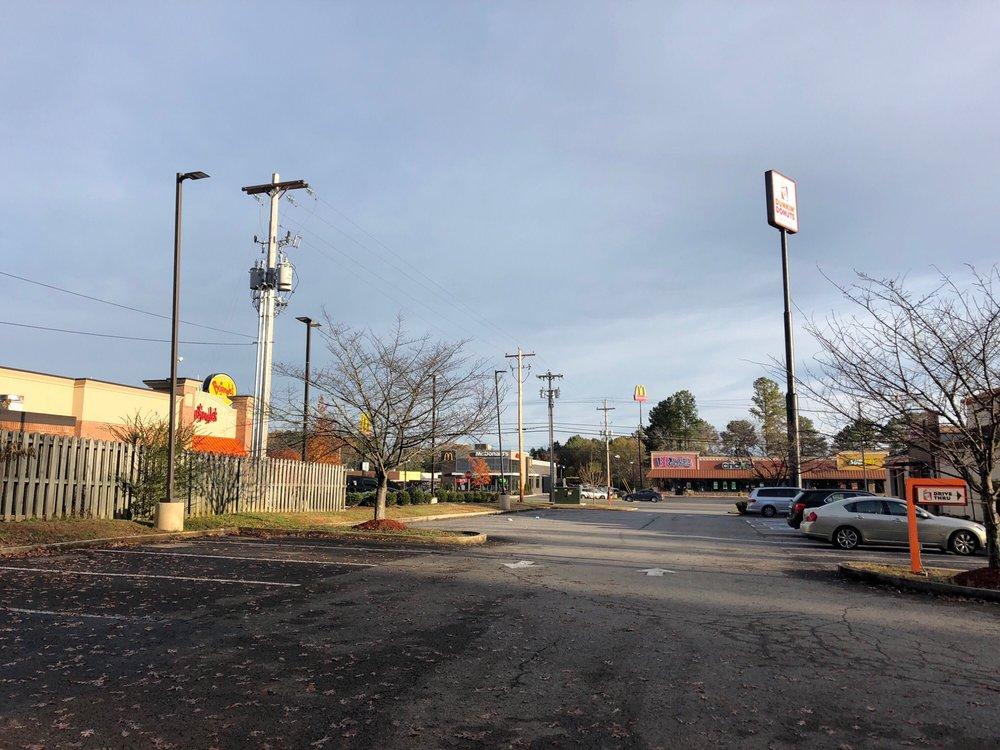 Tesla Charging Station: 2224 Hillsboro Blvd, Manchester, TN