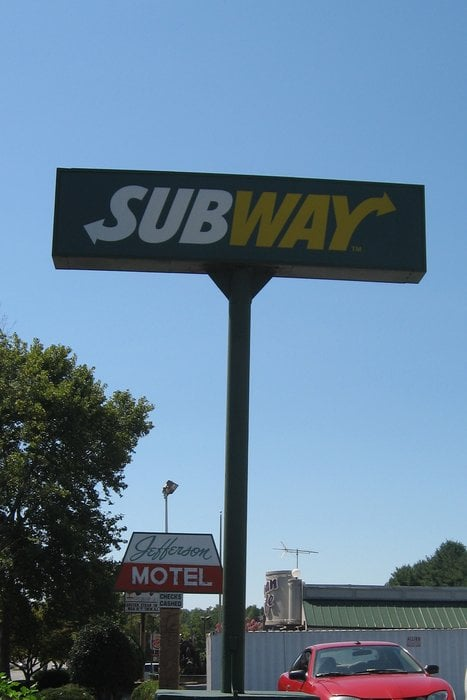 Subway: 102 Broadview Ave, Warrenton, VA