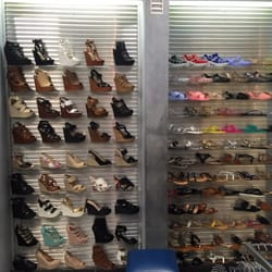Shoe Stores In Merced