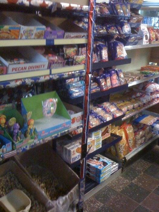 Scherrer Grocery & Service Station: 10599 Highway 67, Fredericktown, MO