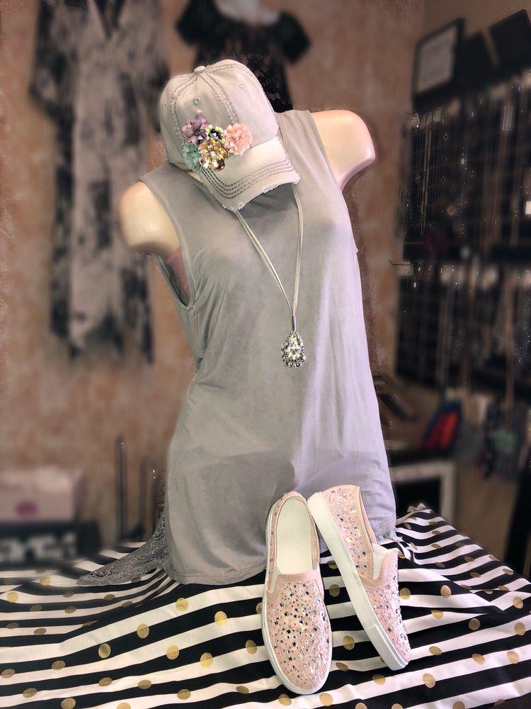 Pauline's Fashions: 217 W Mermod St, Carlsbad, NM