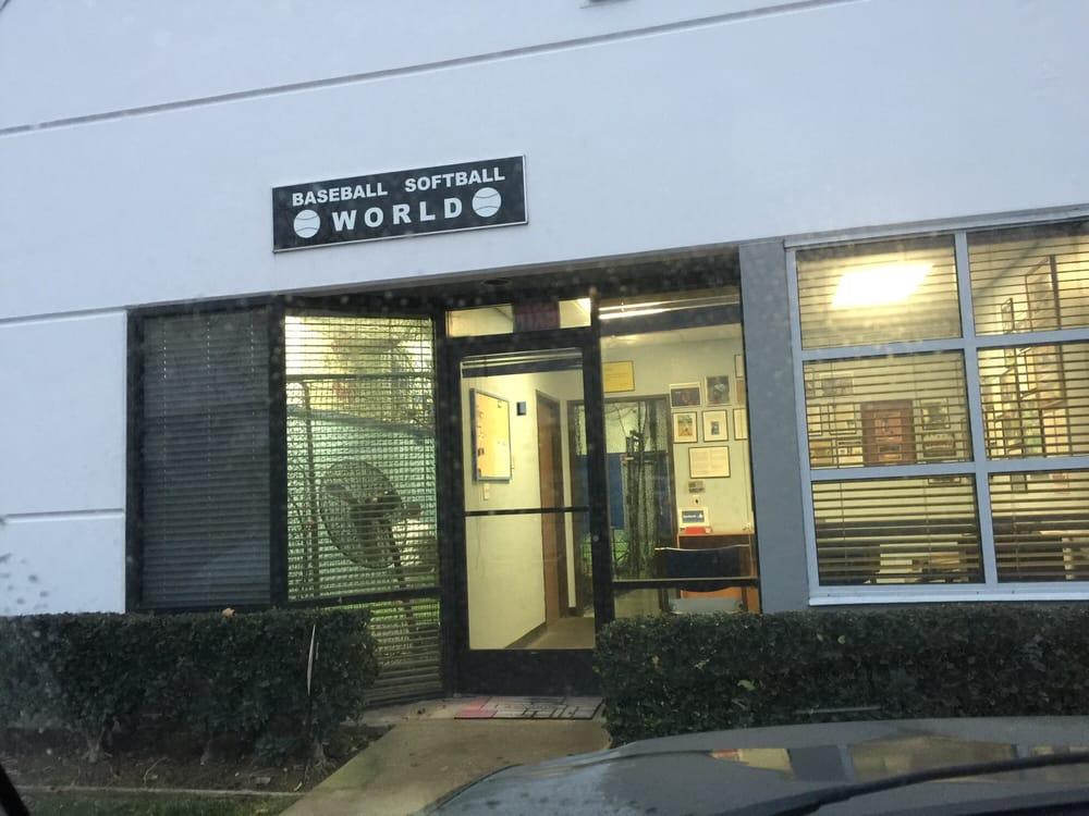 Baseball Softball World: 3940 Prospect Ave, Yorba Linda, CA