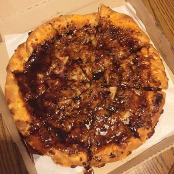 pizza hut - 32 photos & 26 reviews - pizza - 601 westchester ave