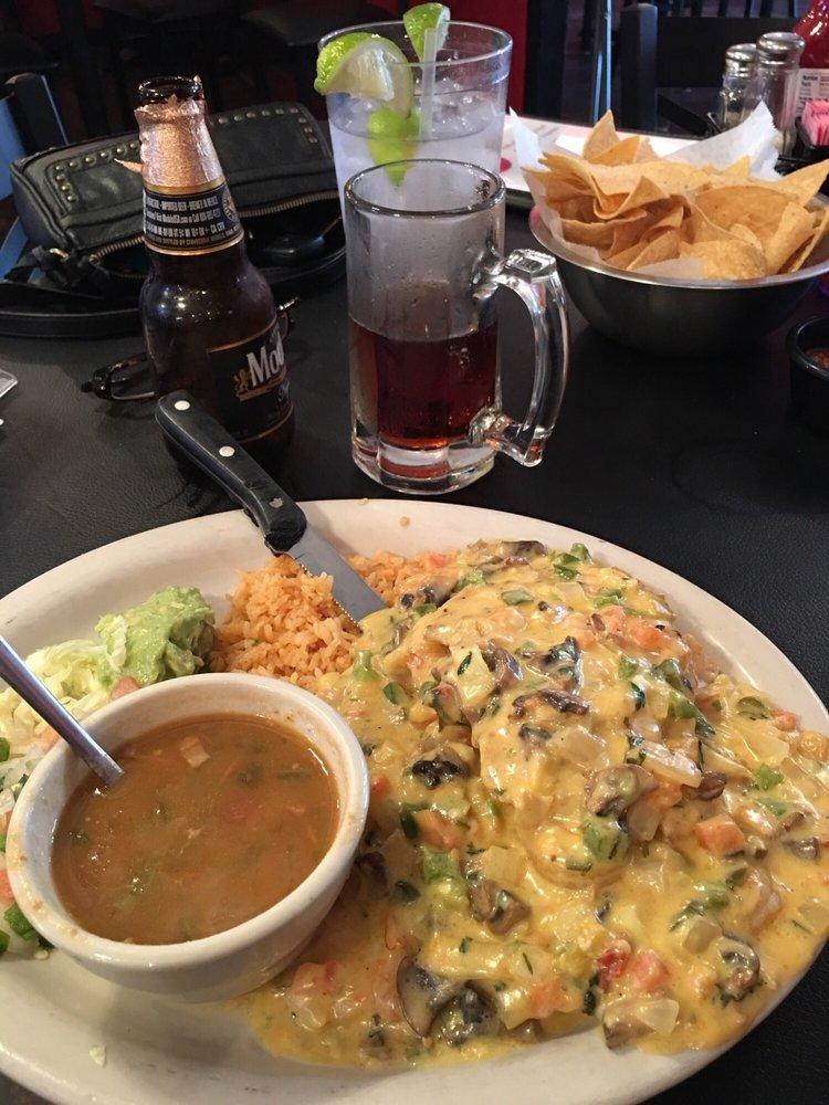 Palacio's Mexican Restaurant: 114 E Main St, Edna, TX