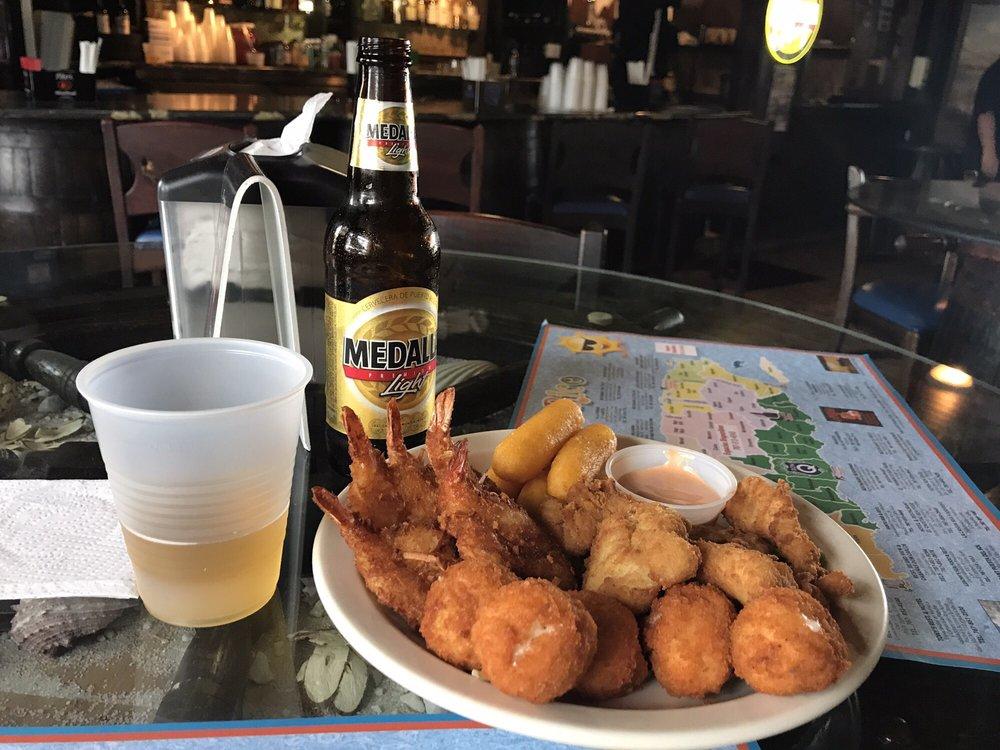 El Triangulo Sea Food I: Calle Caribe S/N, Guayanilla, PR