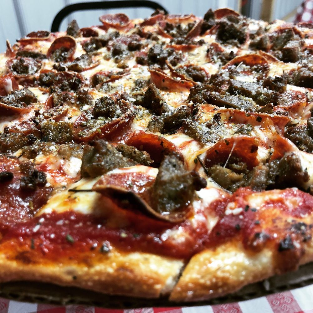 Super Sport Pizza And Wings: 275 N Glenn Ave, Washington Court House, OH