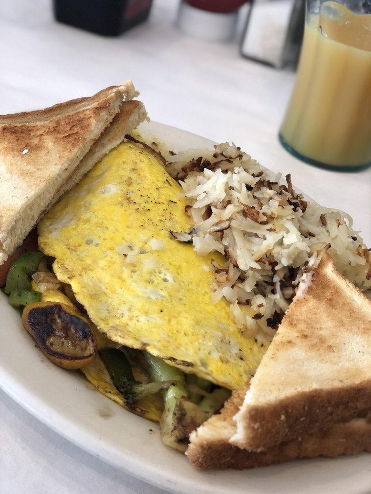 Me Pa's Diner: 6652 Sullivan Rd, Central, LA
