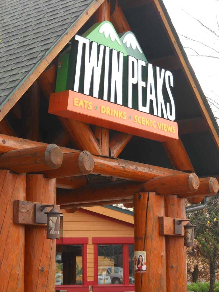 Outside the twin peaks restaurant in franklin tn yelp for Dining near brentwood tn