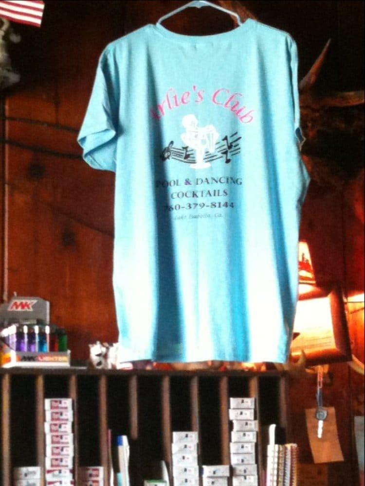Arlie's Club: 5430 Lake Isabella Blvd, Lake Isabella, CA