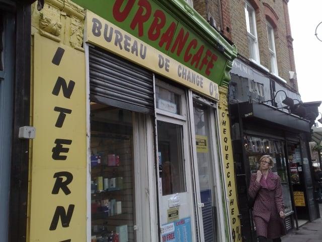 Internet Cafe Near Waterloo