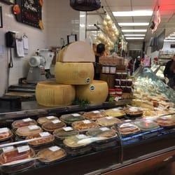 Liuzzi Gourmet Food Market North Haven Ct