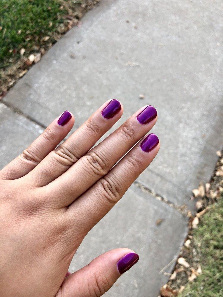 Pretty Nails: 12268 Shawnee Mission Pkwy, Shawnee, KS