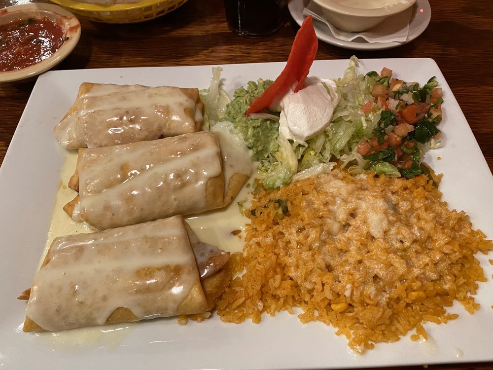 Fiesta Mexicana Restaurant: 1422 Green Rd, Chatsworth, GA