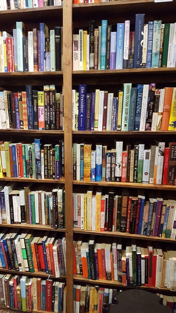 Burrowing Owl Books: 419 16th St, Canyon, TX
