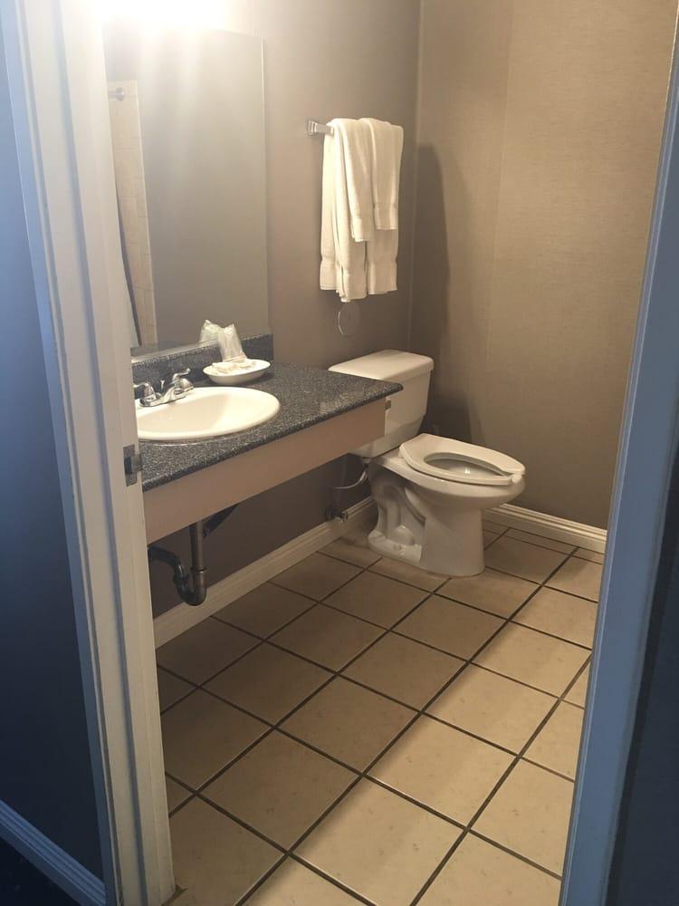 Huge Bathroom Yelp