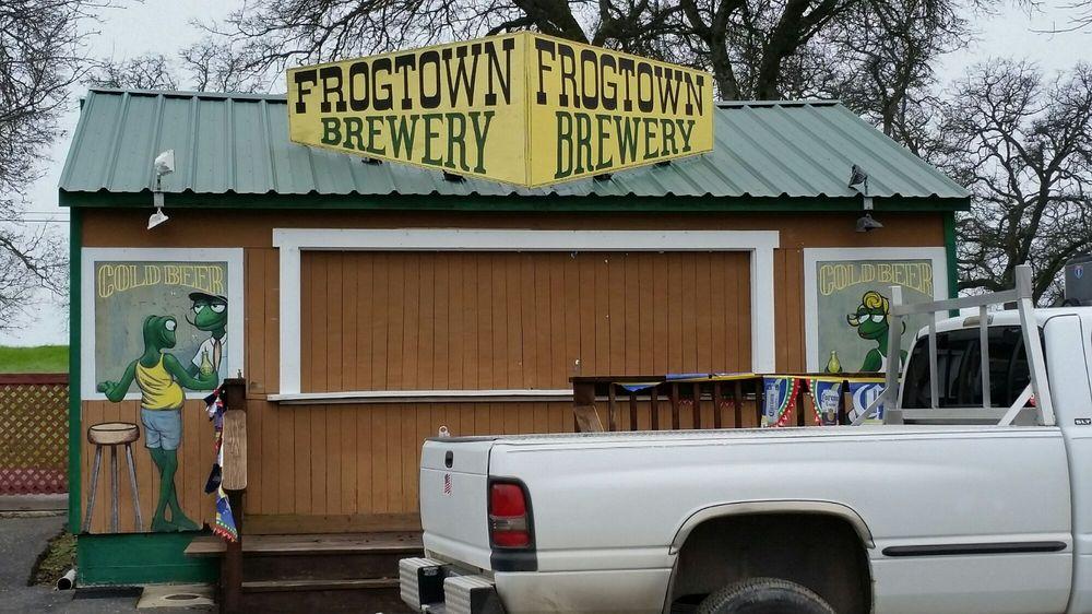 Calaveras County Fair & Jumping Frog Jubilee: 2456 Gun Club Rd, Angels Camp, CA