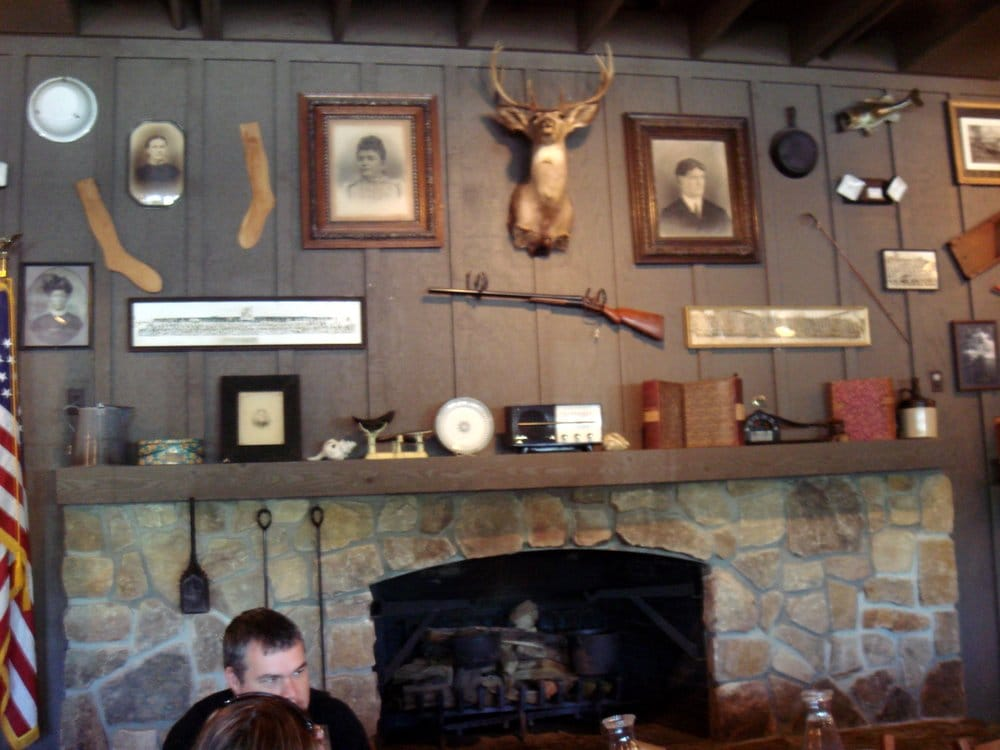 Fireplace Decor Very Country Cottage Moose Anyone Yelp