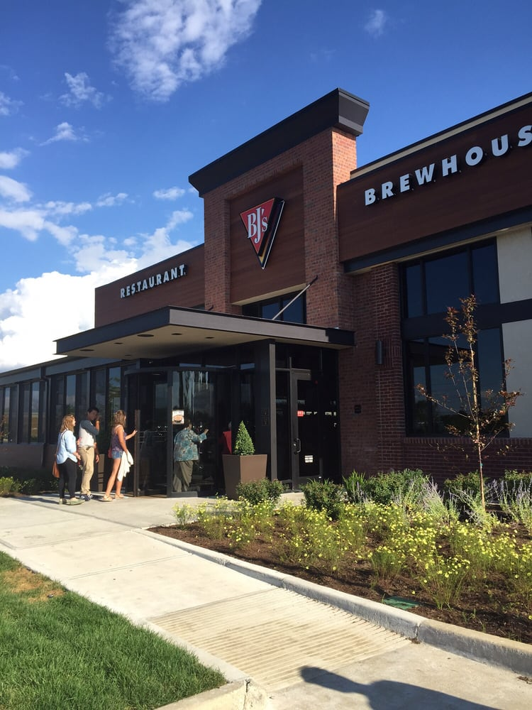 Bj S Restaurant Brewhouse Avon In