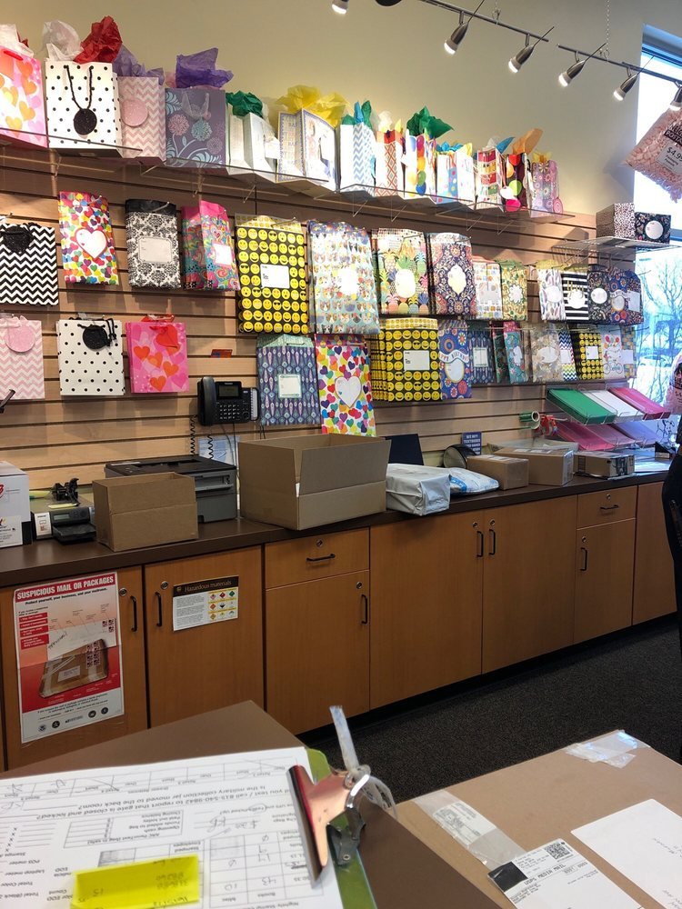 The Postal Shoppe: 2205 S Perryville Rd, Rockford, IL