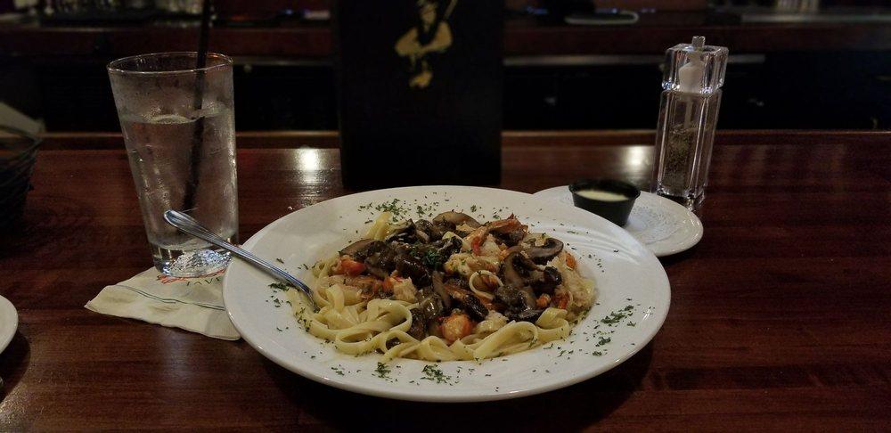 Sam Snead's Oak Grill and Tavern: 1004 Glenforest Rd, Myrtle Beach, SC